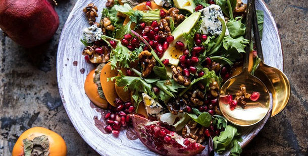 Τα φρούτα με τις ευεργετικές ιδιότητες που πρωταγωνιστούν στο εορταστικό τραπέζι