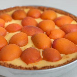 Apricot and cream tart