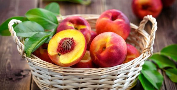Νεκταρίνια: Το φρούτο του καλοκαιριού που πρέπει να βάλουμε στην καθημερινότητά μας
